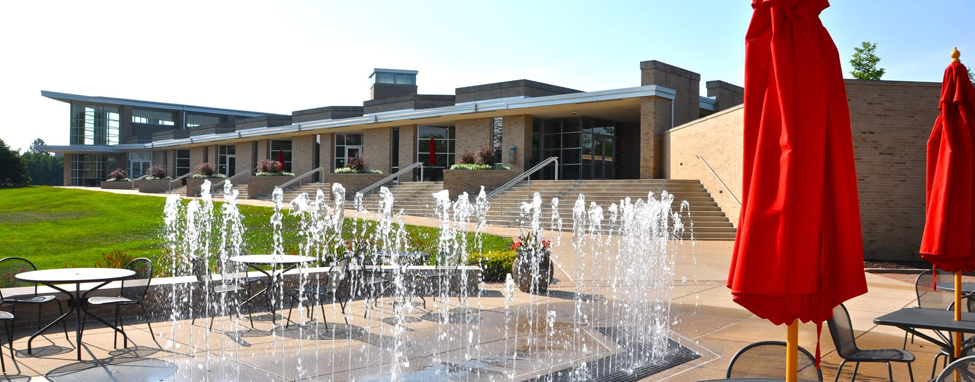 Maryville fountain by the library