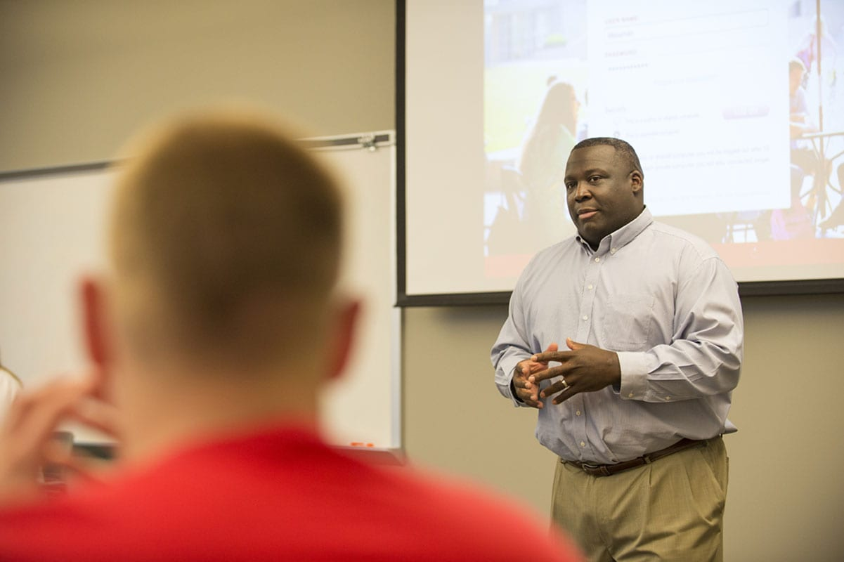 Maryville University Rawlings Sport Business Management professor Jason Williams in class