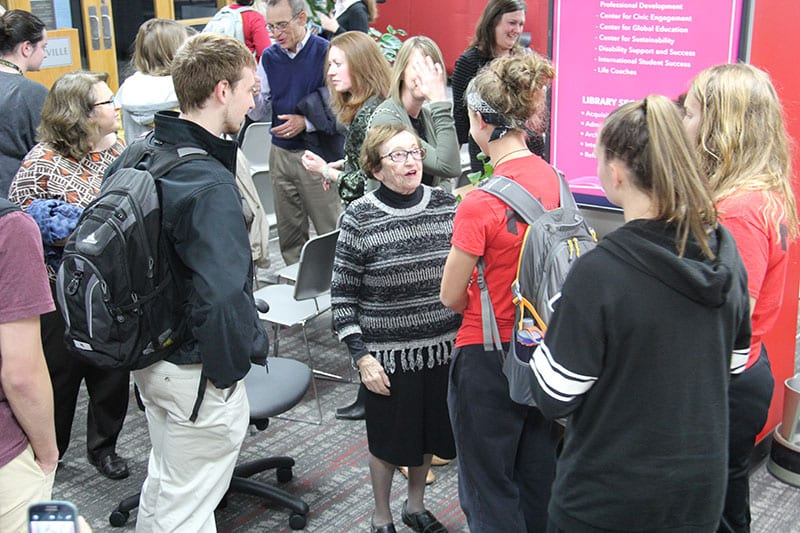 Holocaust survior Sonia Klein meets with students at Maryville