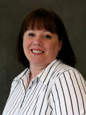 Lynn Stolzer