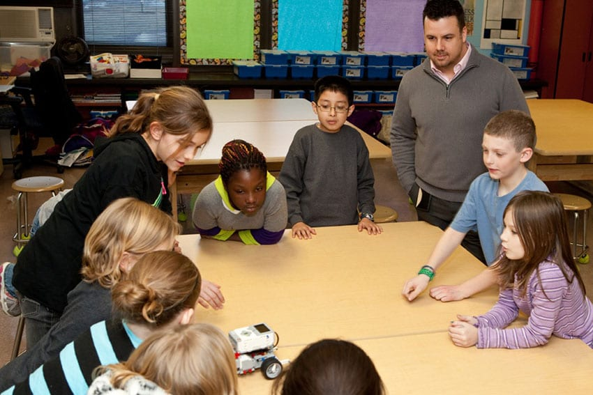 Michael Dragoni, EdD, '09, '13, teaches art in the Ritenour School District. Photo by Dan Donovan