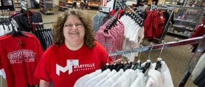 A Maryville University partnership creates jobs for people with developmental disabilities and helps them achieve greater independence.