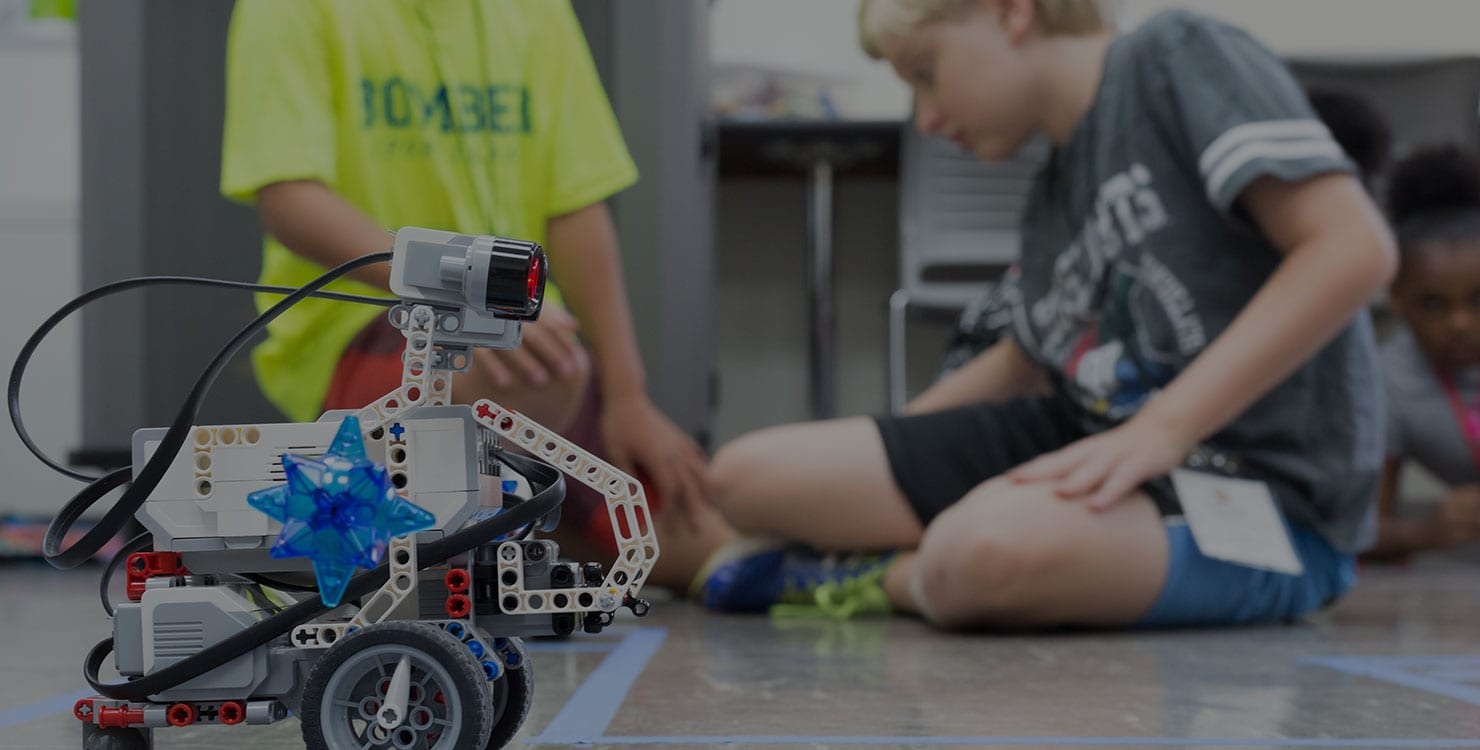 kids at summer robotics camp at Maryville University