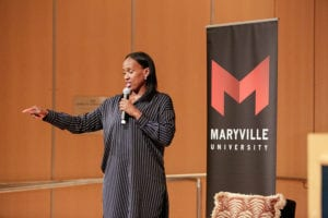 jackie joyner kersee presenting during maryville university leadership event