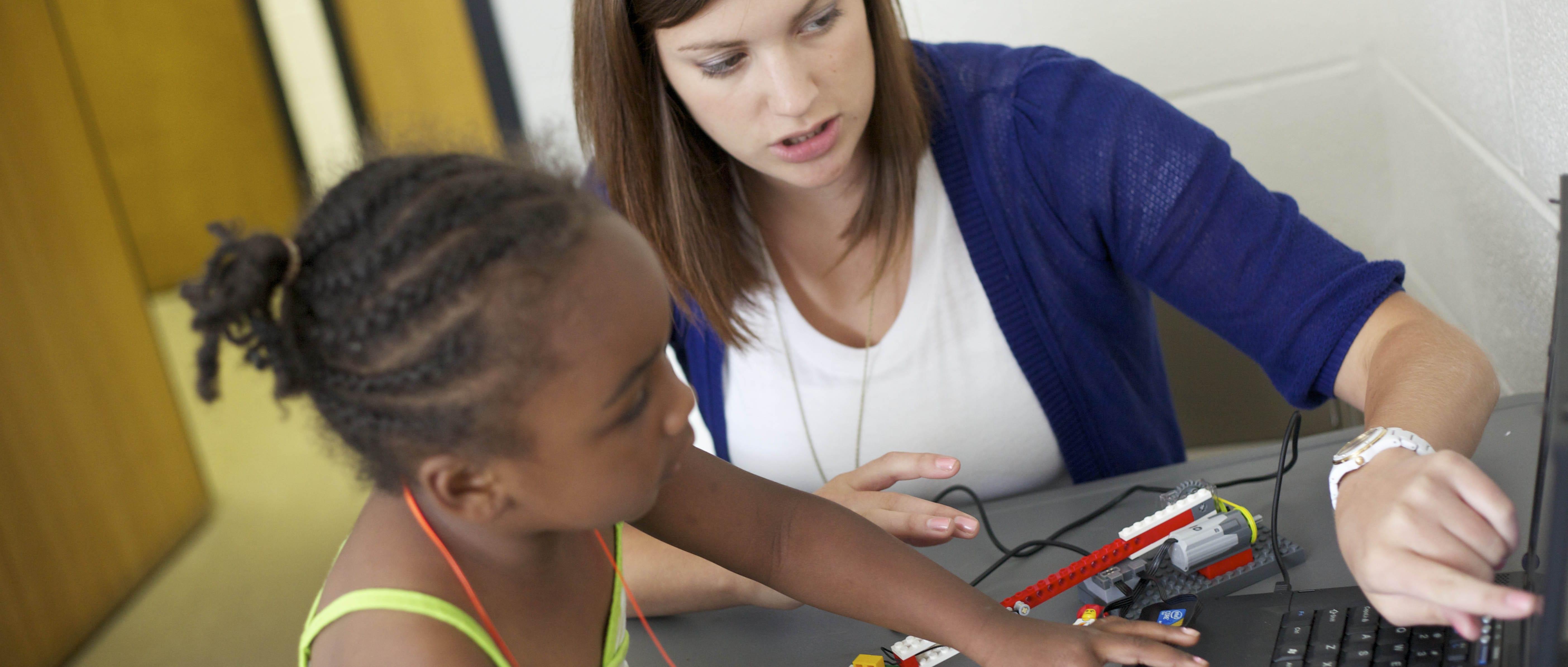 Maryville University Receives Boeing Grant for STEM Education